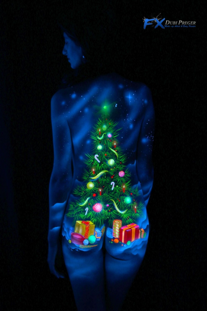 uv bodypainting christmas tree