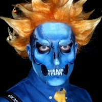 Theatrical-Make-up-Blue-and-Orange
