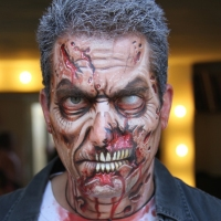 Theatrical-Make-up-Zombie-3